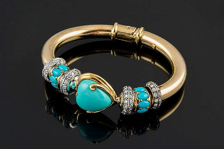 A GOLD, TURQUOISE AND DIAMOND BRACELET