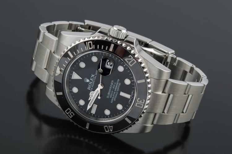 ROLEX MODELO SUBMARINER DATE STEEL WATCH
