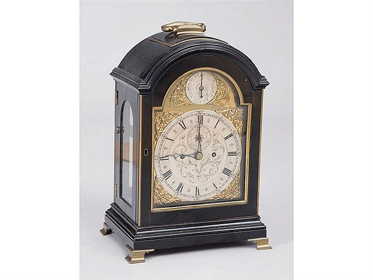 AN ENGLISH BRACKET CLOCK, CIRCA 1790