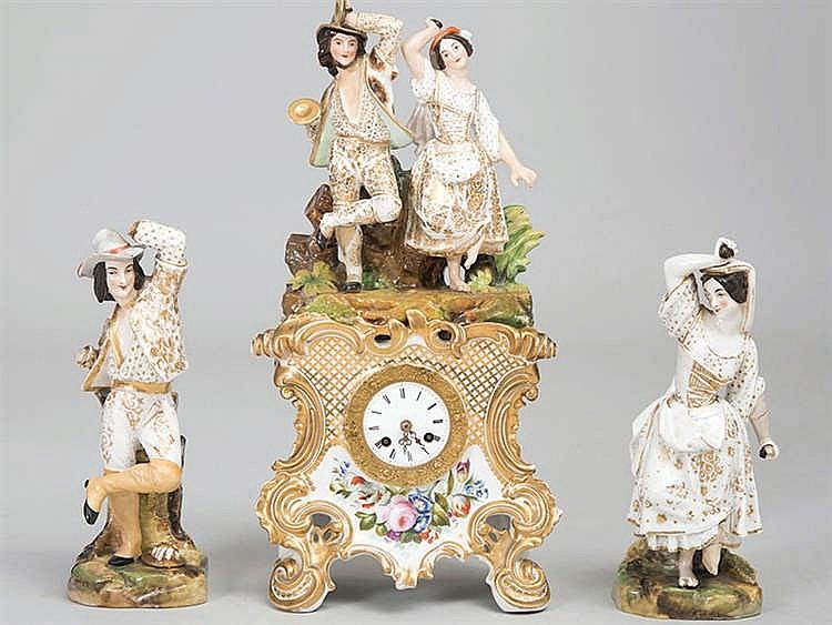 A GARNITURE CLOCK, 19TH CENTURY