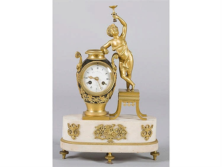 A FRENCH MANTEL CLOCK