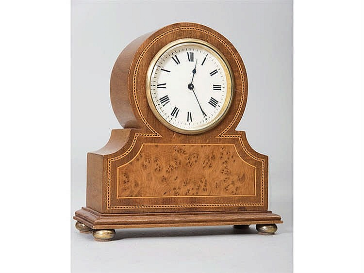 AN ENGLISH TABLE CLOCK, CIRCA 1901