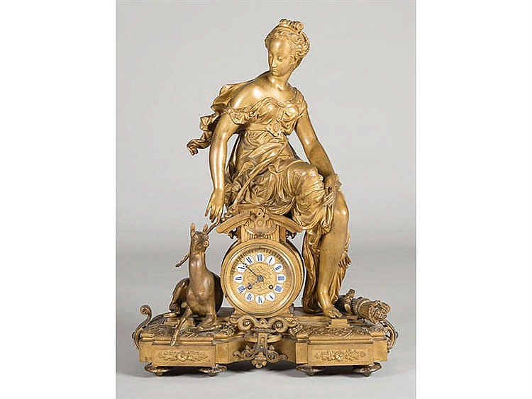 A FRENCH STYLE MANTEL CLOCK