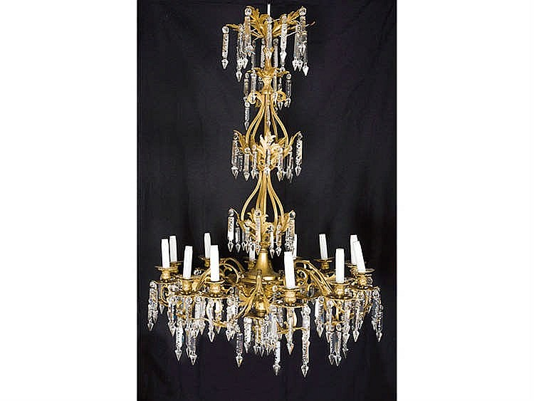 A FRENCH STYLE GILT BRONZE CHANDELIER