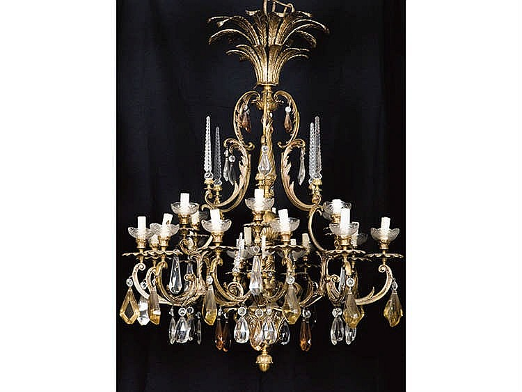 A FRENCH STYLE BRONZE CHANDELIER