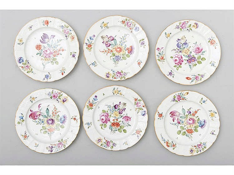 A SET OF SIX GERMAN PORCELAIN PLATES
