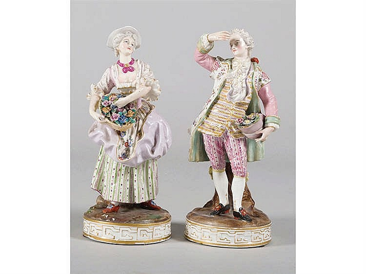 A PAIR OF GERMAN PORCELAIN FIGURES, 19TH CENTURY