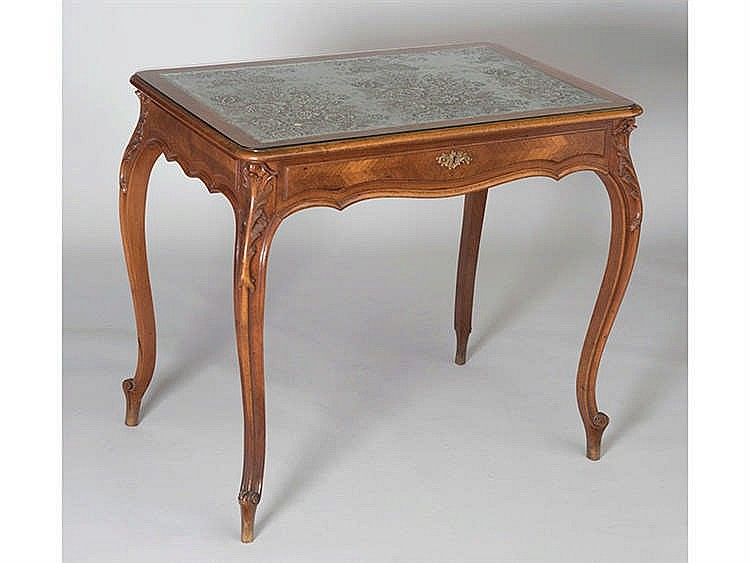 A LOUIS XV STYLE CARD TABLE