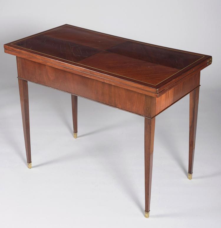 TABLE OF PLAY LUIS XVI STYLE, XIX CENTURY