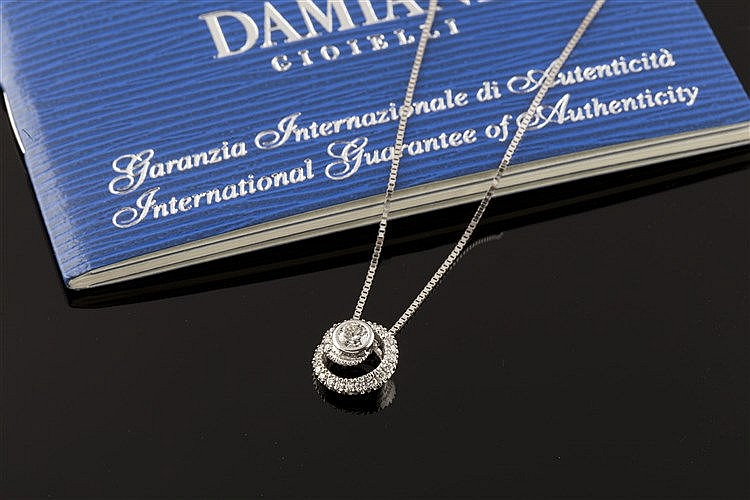 A GOLD AND DIAMOND PENDANT NECKLACE, BY DAMIANI