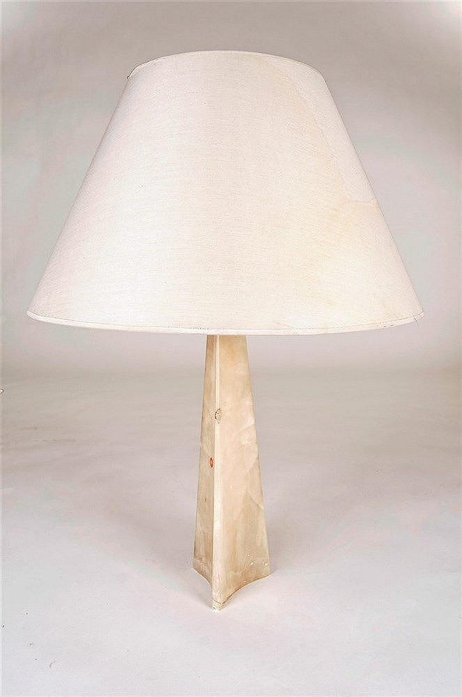 KNOLL INTERNATIONAL TABLE LAMP