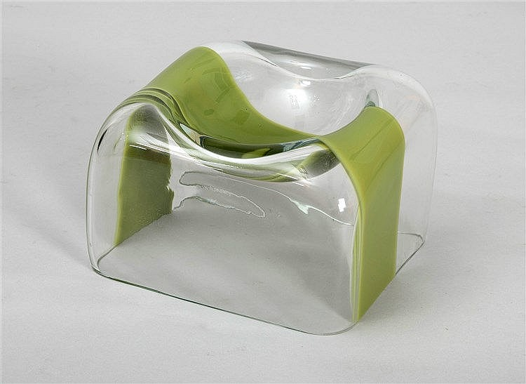 AN ITALIAN DESIGN ASHTRAY