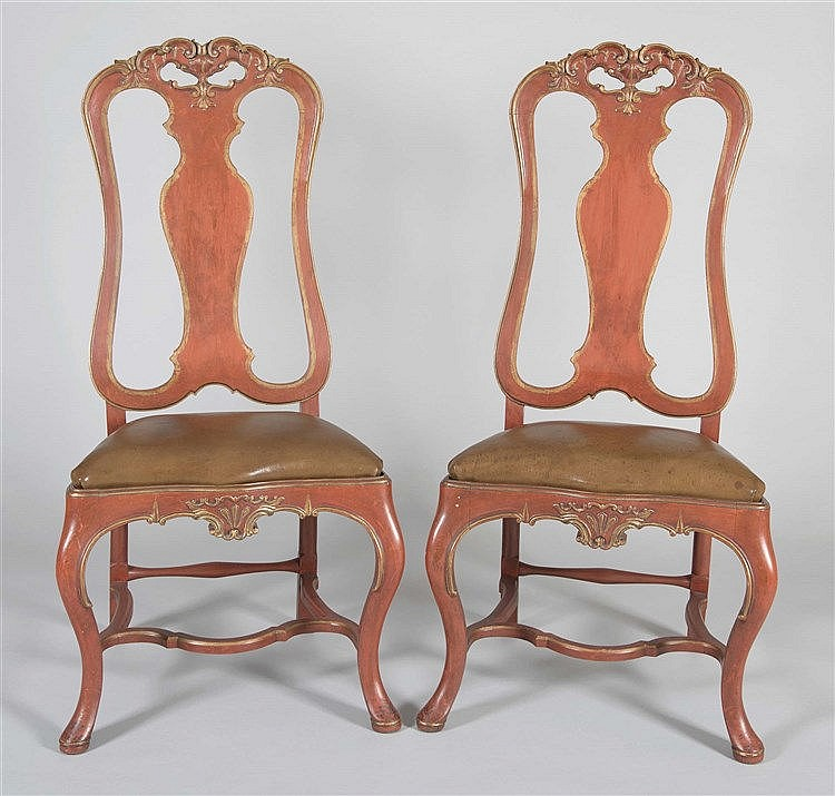A PAIR OF CHARLES III OF SPAIN STYLE CHAIRS, CIRCA 1940