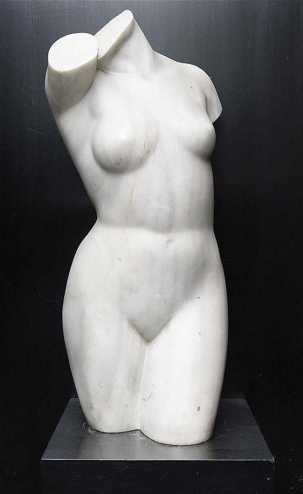 LUIS MARCO PÉREZ (Fuentelespino de Moya, 1896-Madrid, 1983) Torso femenino