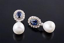A PAIR OF GOLD, SAPPHIRE, DIAMOND AND PEARL STUD EARRINGS
