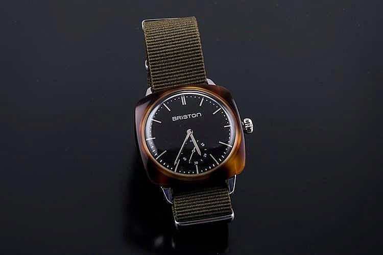 briston clubmaster vintage wristwatch. Black Bedroom Furniture Sets. Home Design Ideas