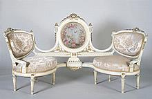 A NAPOLEON III STYLE CONVERSATION CHAIR