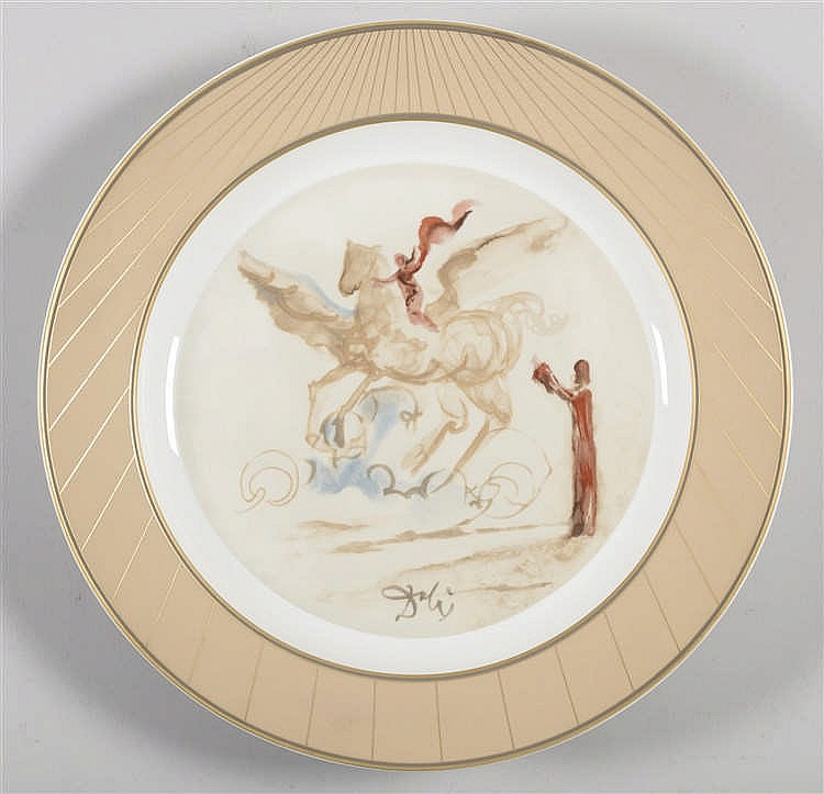 ACCORDING TO SALVADOR DALI Pegaso de ensueño. Plate in glazed and stamped porcelain. On the back notarization printed. Diameter: 38 cm