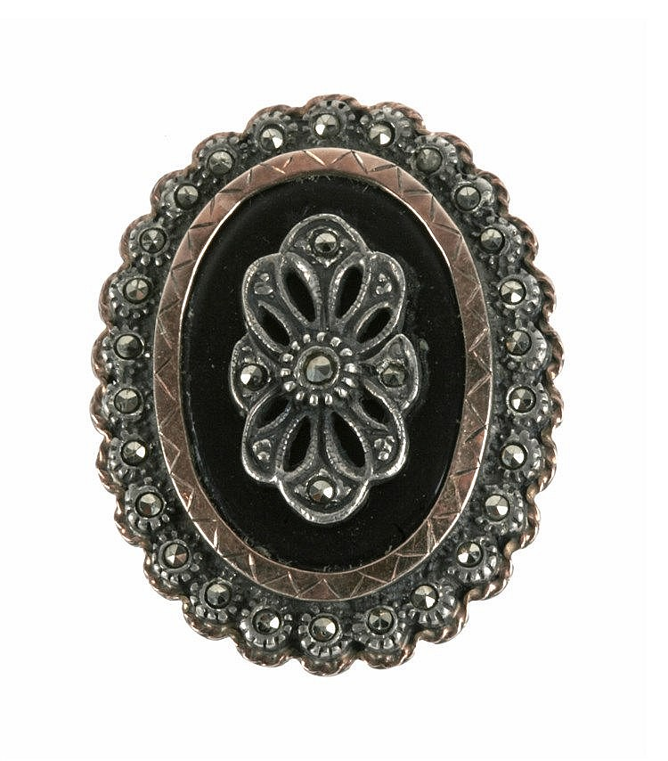 18th CENTURY STYLE RING