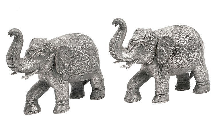 PAIR OF 19th CENTURY FIGURINES OF ELEPHANTS
