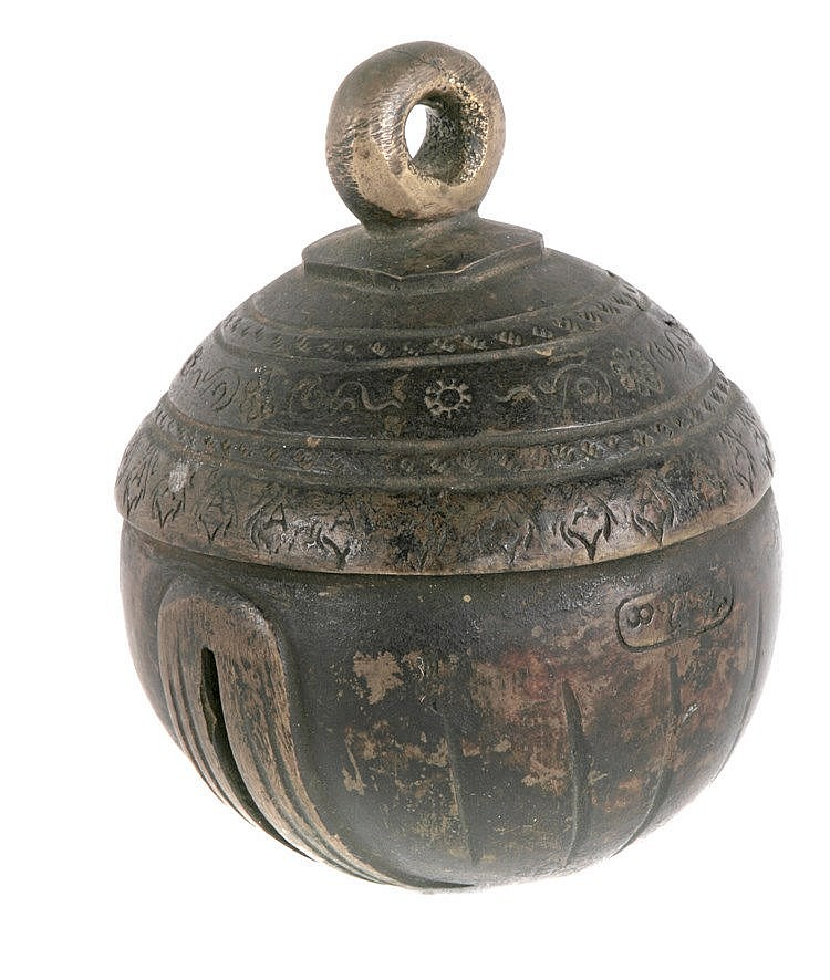 EARLY 20th CENTURY TIBETAN RATTLE