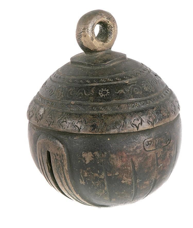 EARLY 20th CENTURY TIBETAN RATTLE