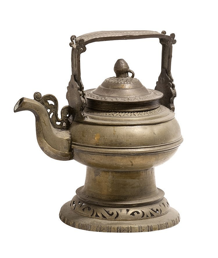 19th CENTURY WATER KETTLE FROM SUMATRA OR PENINSULAR MALAYSIA