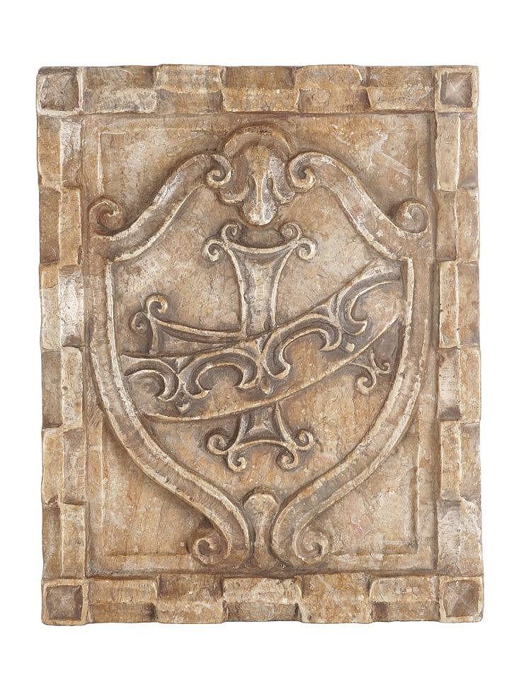 17th CENTURY ITALIAN HERALDIC SHIELD