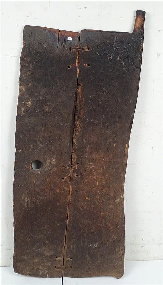 Ancienne porte de case en bois dur paisse patine de fum e for Case en bois