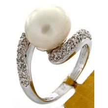 Genuine 18K White Gold 9.48ctw Pearl & Diamond Ring