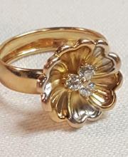 14k yel gold Tri-color CZ flower tiring sz.8