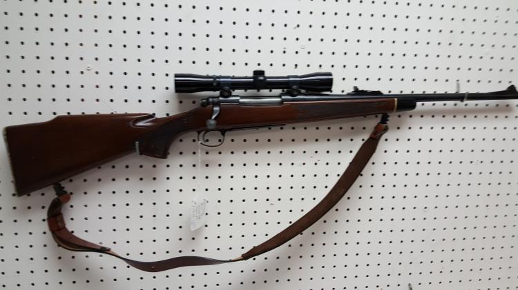 Remington mod 700 rifle 30-06, scope, sling
