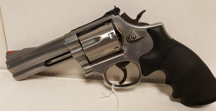 Smith & Wesson Mod 686-4 .357 Mag revolver