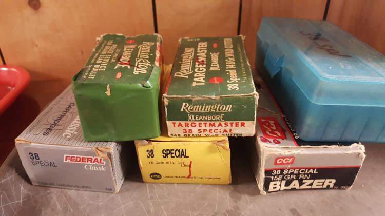 6 partial boxes .38 spec. Ammo