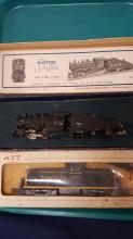 HO Mantua's Shifter loco & Alco SF powered dummy