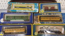 6 vintage HO AHM rolling stock cars in boxes