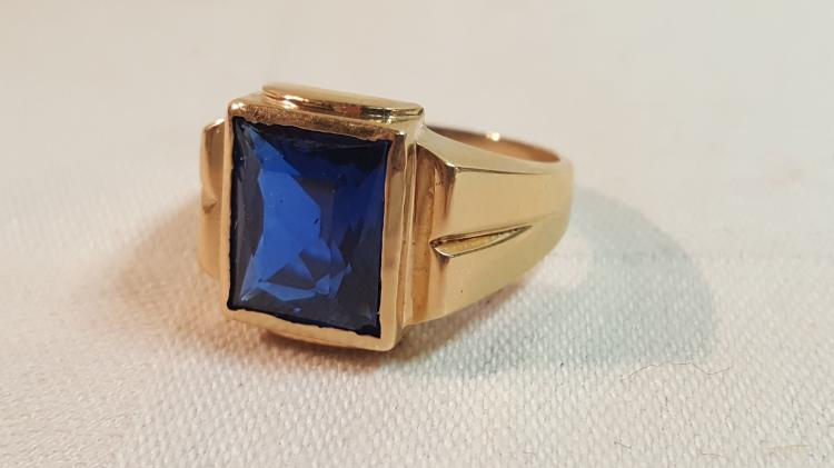 10k yel gold Blue spinel ring sz 10.5
