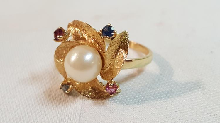 14k ygold Pearl, Ruby, blue sapphire ladies ring