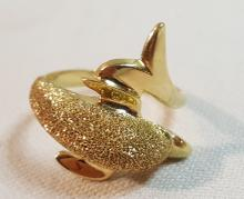 14k yel brushed gold Dolphin ring sz 6.75