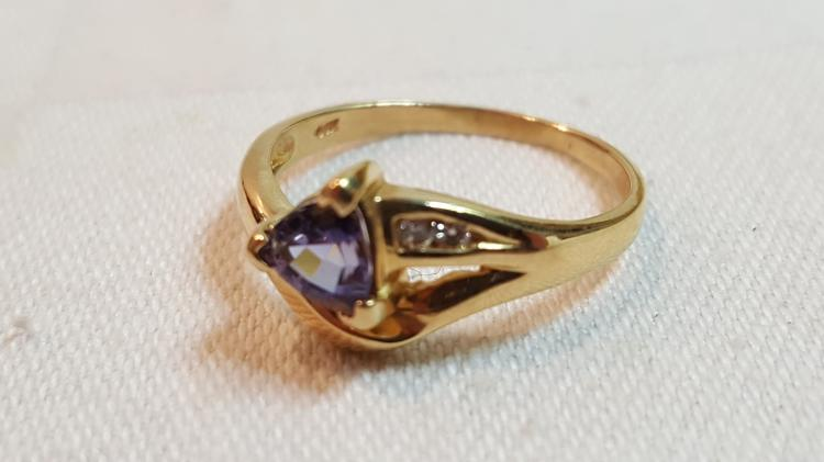 14k yel gold Tanzanite & Diamond ladies ring
