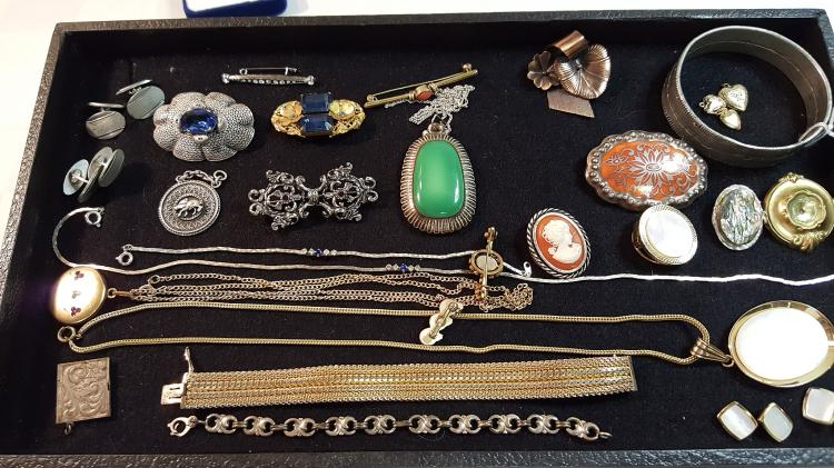 Vintage jewelry, necklaces, pins, cufflinks etc