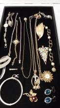 Lot of costume jewelry & ladies watches
