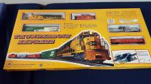 Thunderbolt Express HO train set #T340 NIB