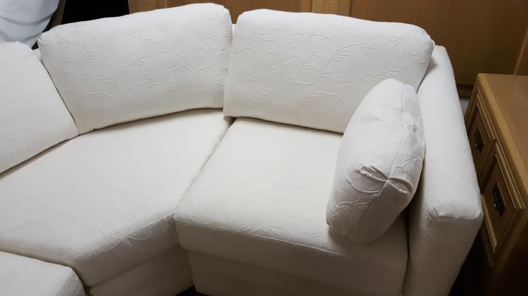 Enjoyable White Brocade 4 Piece Sectional Sofa Theyellowbook Wood Chair Design Ideas Theyellowbookinfo