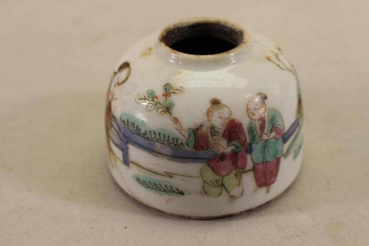 CHINESE QING DYNASTY FAMILLE ROSE FIGURAL INKWELL