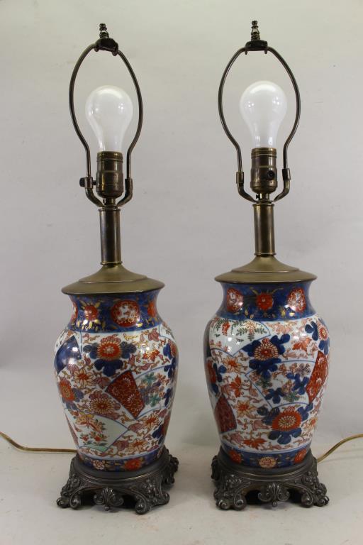 PAIR OF ANTIQUE IMARI PORCELAIN LAMPS