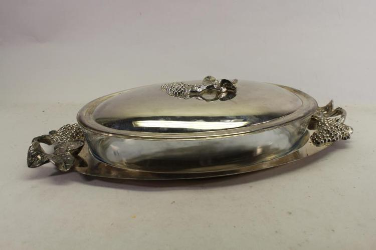SILVERPLATE & GLASS VEGETABLE SERVING DISH