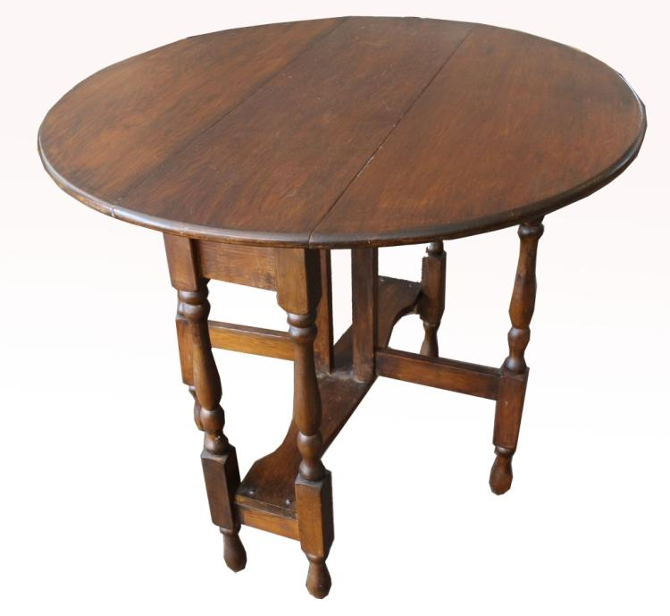 Semi Antique Gate Leg Drop Leaf Table