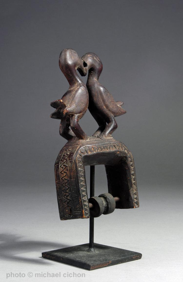 Early 20th C. Guro Ppl Heddle Pulley w/ Birds