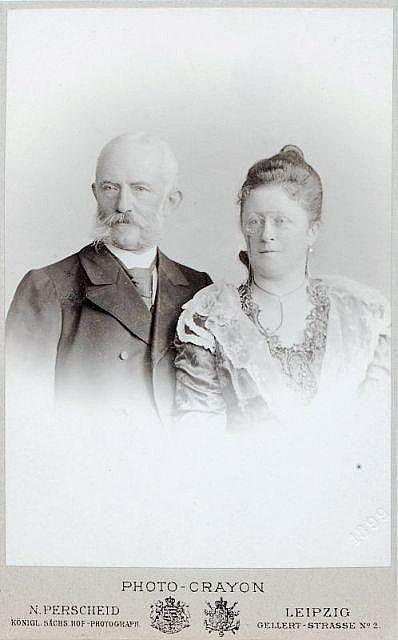 Nicola Perscheid, Doppelportrait König Alberts von Sachsen und Königin Carola. 1899.